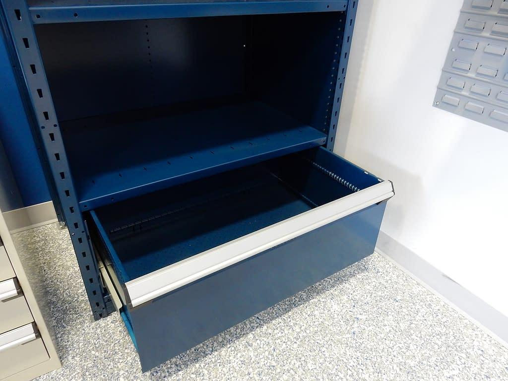 Étagère bleu à 1 tiroir aubaine